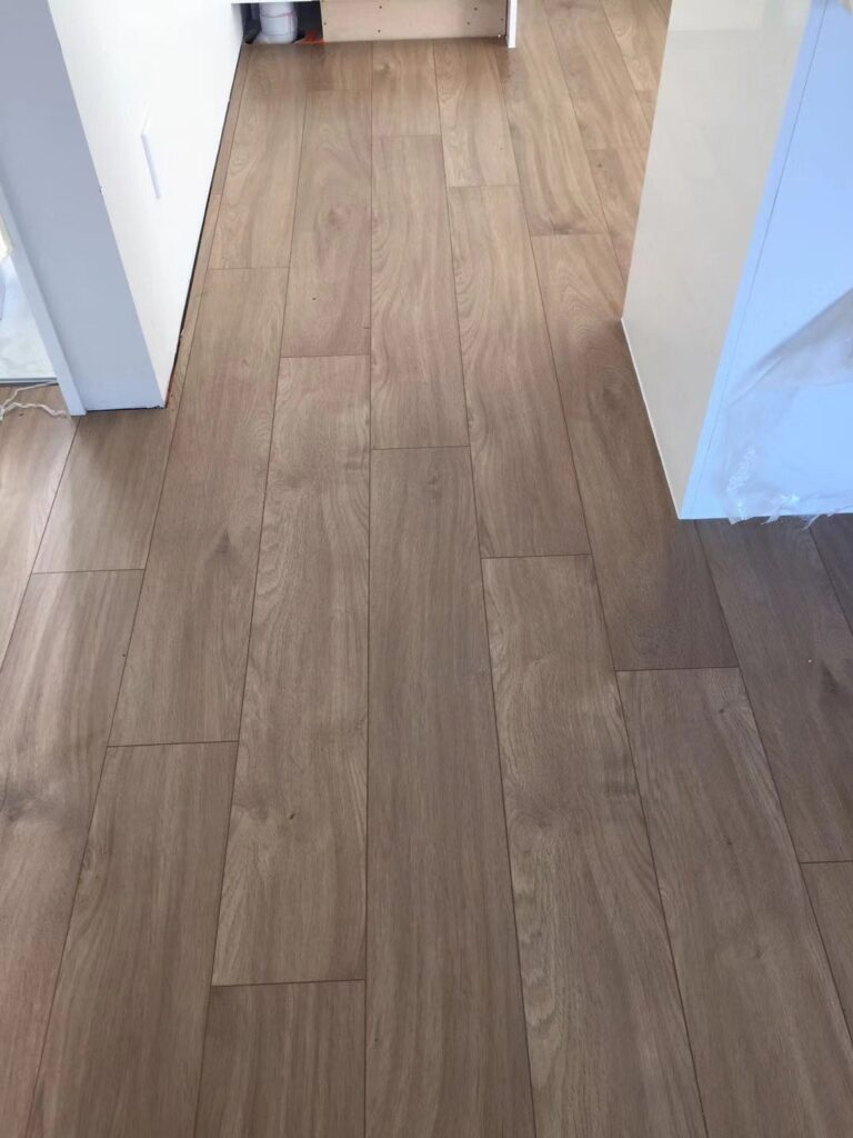 Exquisite workmanship and moisture defense Binylpro laminate flooring.