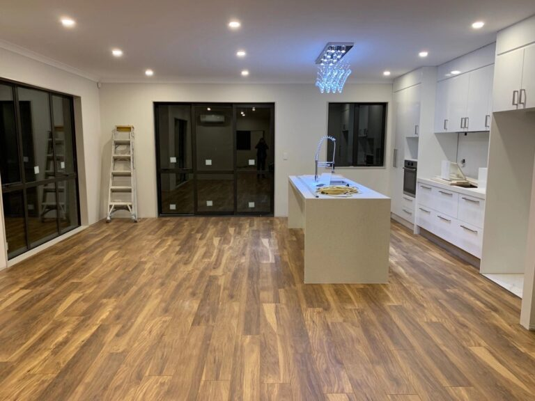 Beauty Krono flooring is high ranking quality laminate products, from 8mm , 10mm and 12mm.