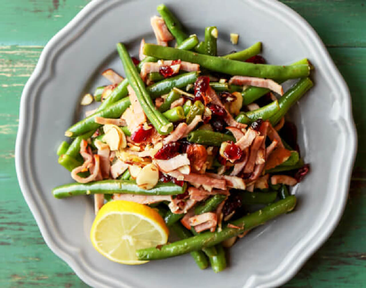 Garlic and Lemon Green Beans with Canadian Bacon