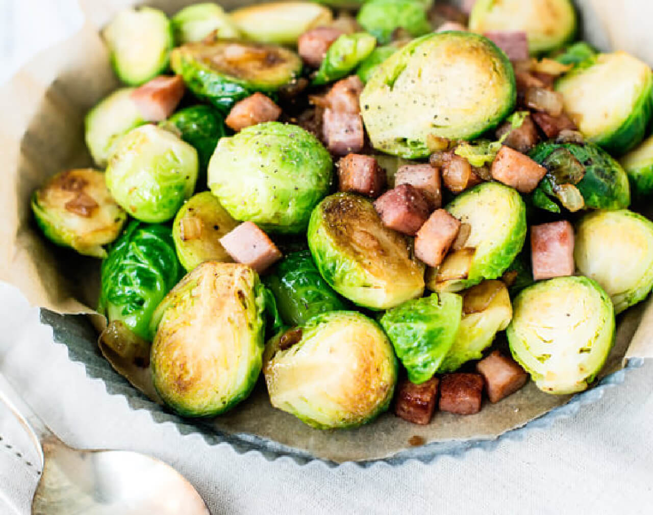 Stir-Fried Brussels Sprouts and Ham