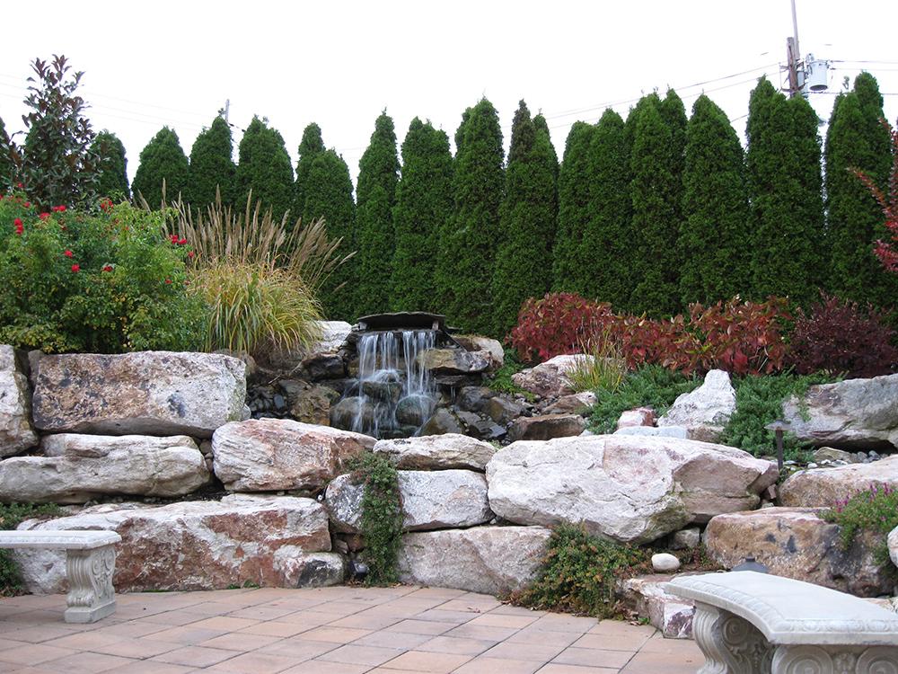 Water Feature   Young's Landscape Management, Inc.