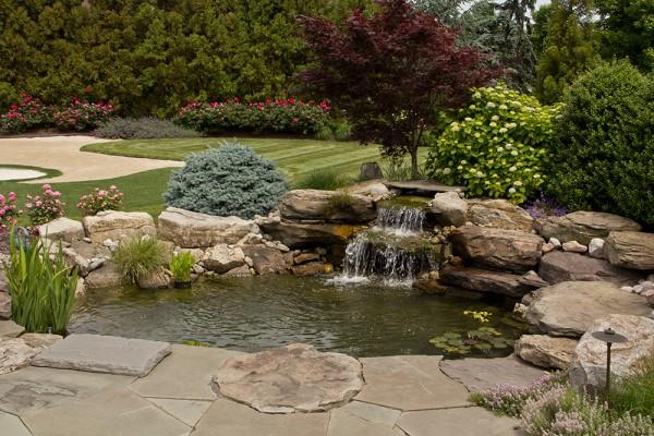 Water Feature | Young's Landscape Management, Inc.