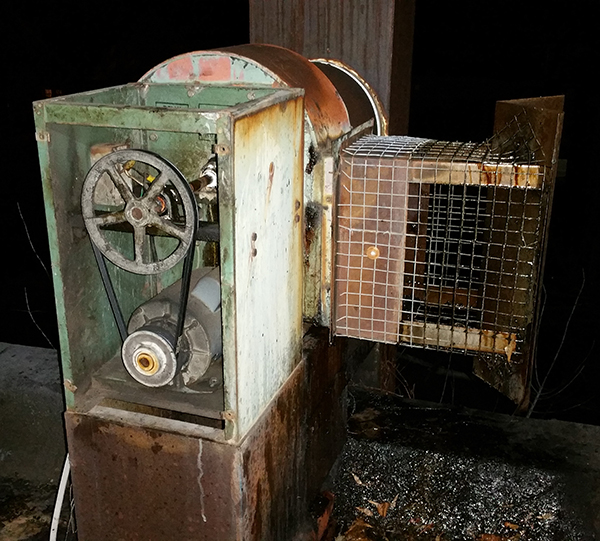 Commercial Kitchen Exhaust Fan Service