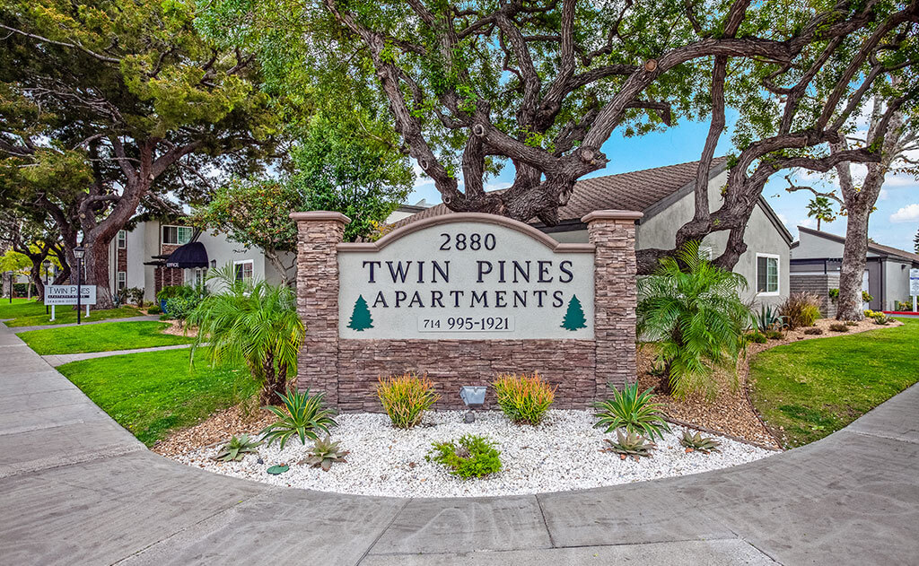 Twin Pines apartments Sign