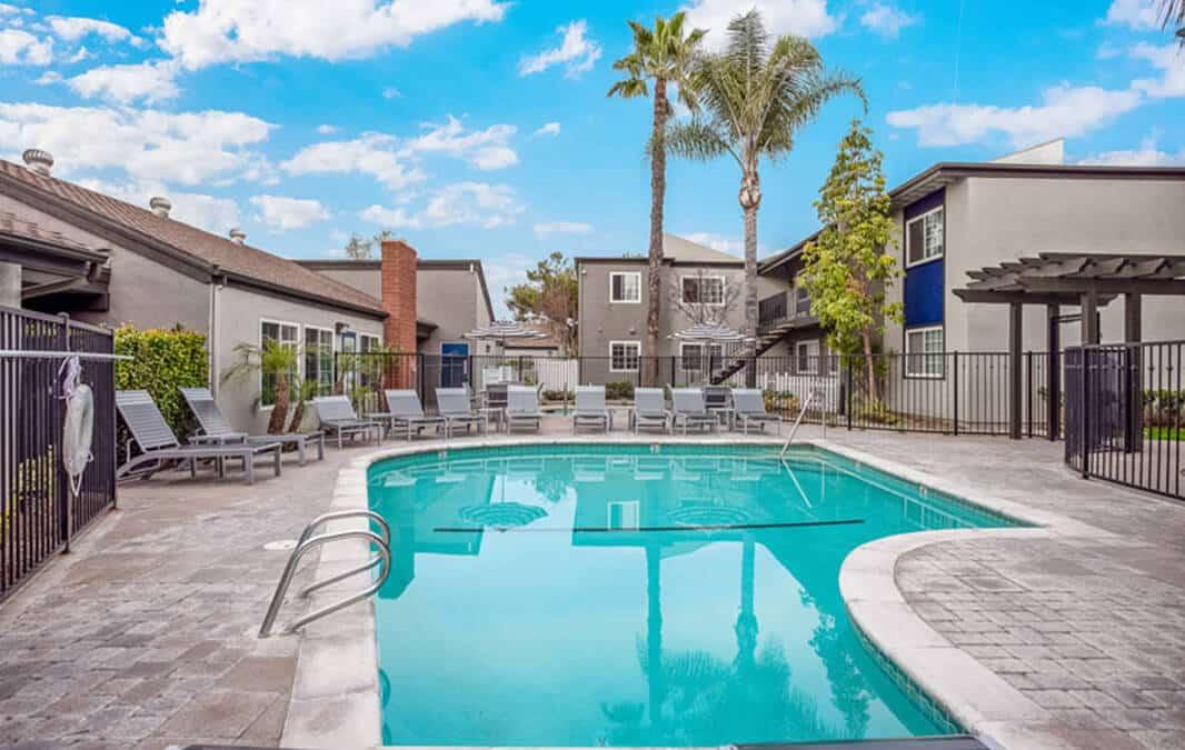 Twin Pines pool