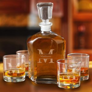 personalized whiskey glasses decanter set, drinking gift for golfers