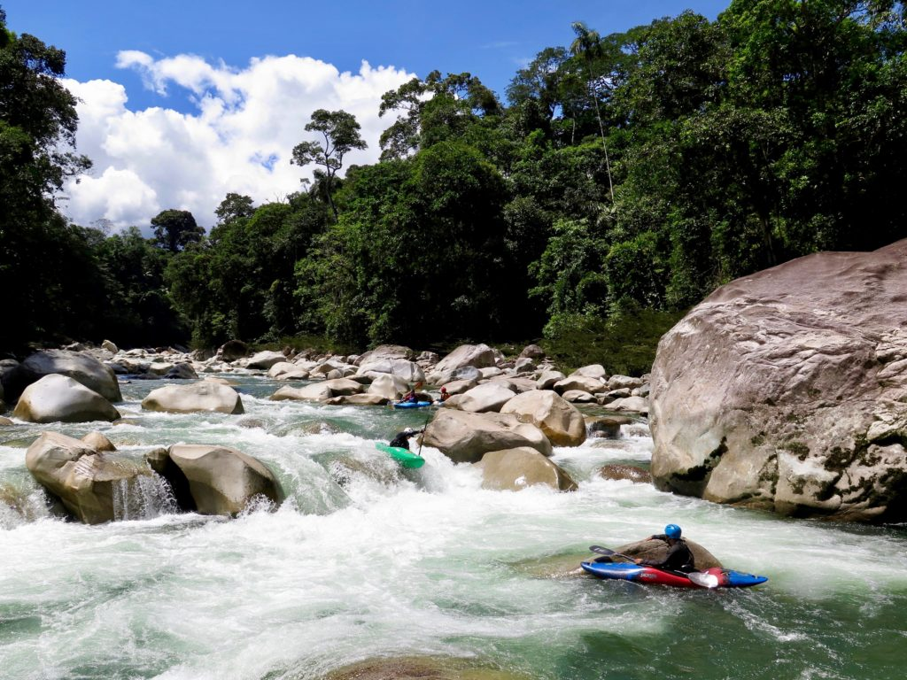 piatua, kayaking, kayak ecuador, ecuador kayaking, whitewater, small world adventures