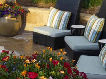 Enhance Your Landscape with a Gorgeous Courtyard Design
