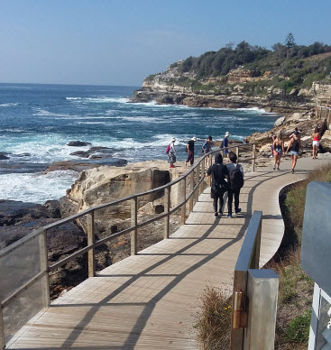 bondi to coogee coastal walk - boardwalk