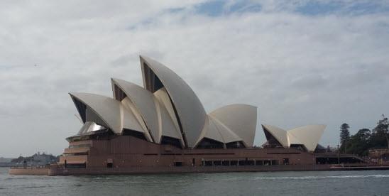 Sydney Harbour walk - Opera House