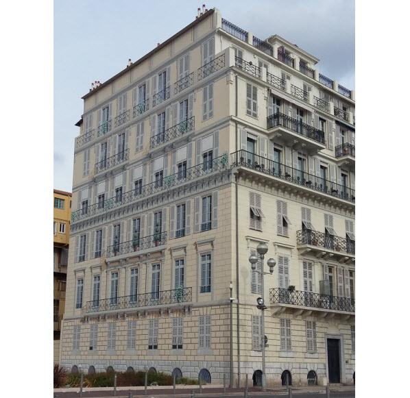 The most impressive trompe-l'oeil (optical illusion) work in Nice