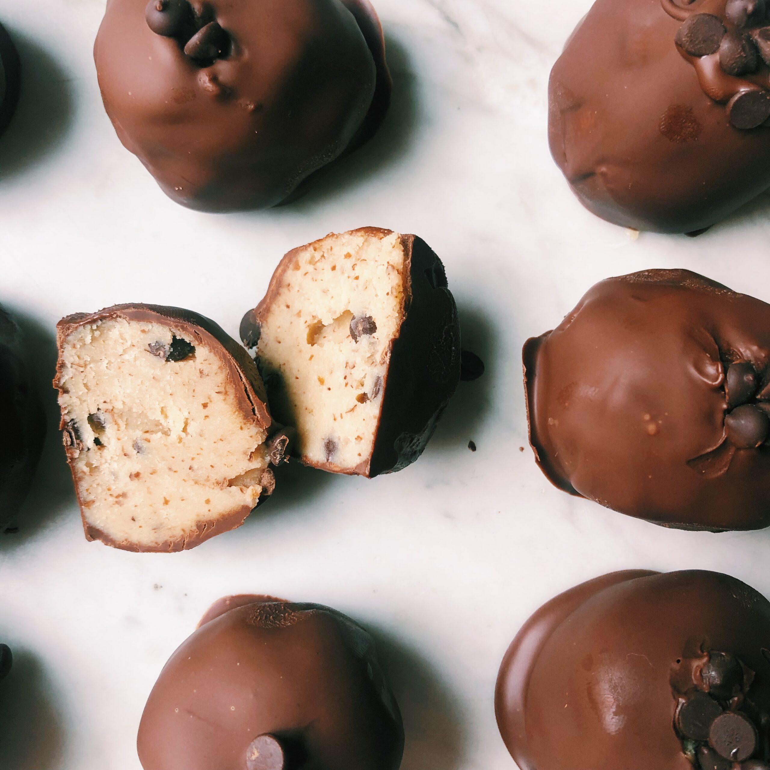 No Bake Chocolate Chip Cookie Dough Bites