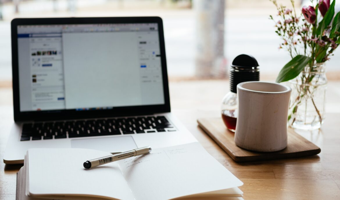 10 Ways to Find Freelance Writing Jobs If You're A Beginner