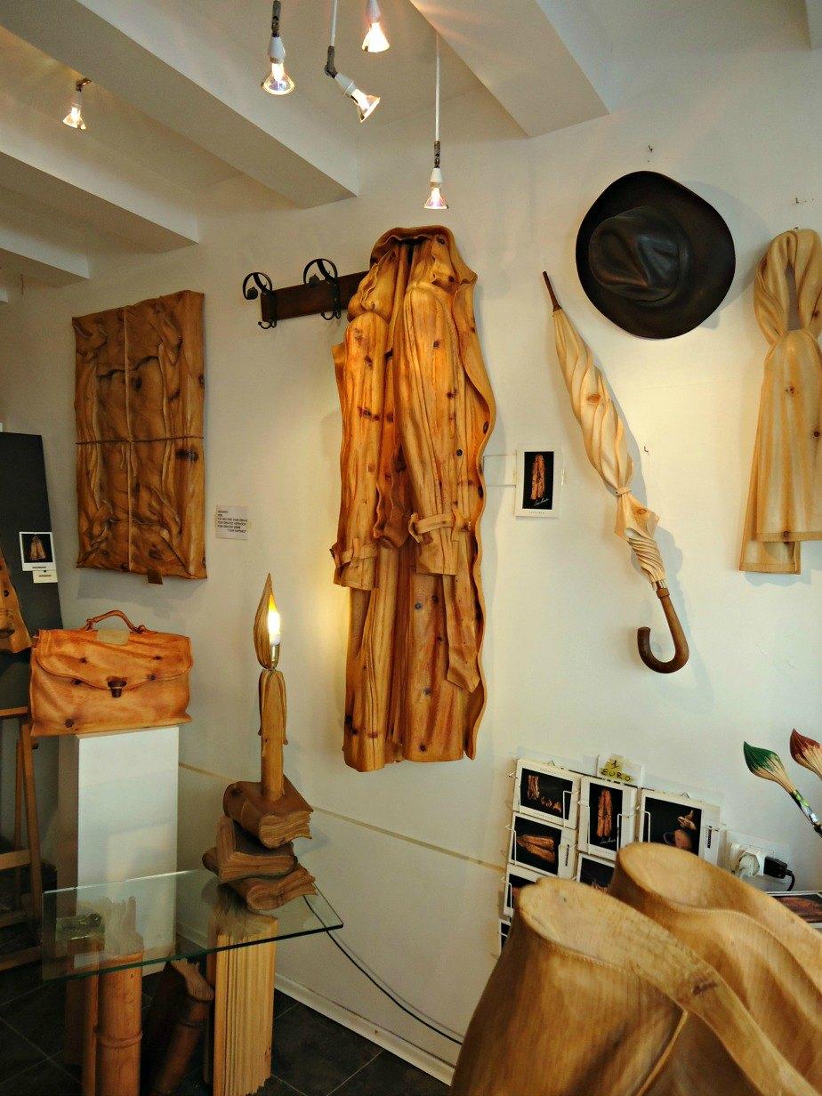 Loris Marrazzi's Wood Sculpture Gallery in Dorsoduro Venice Italy