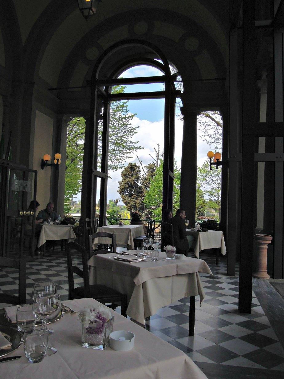 Inside La Loggia