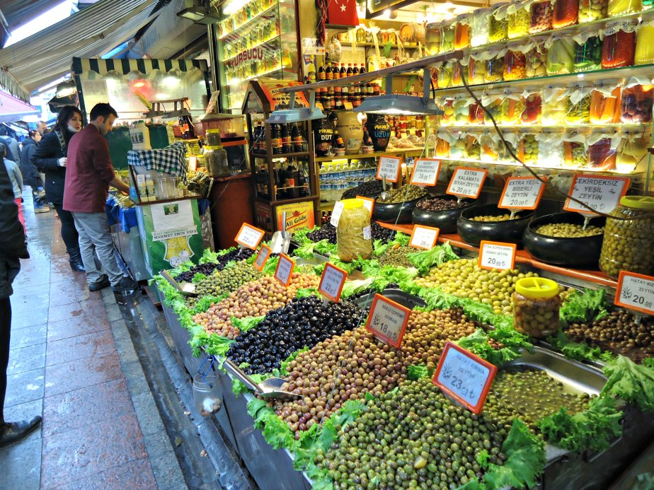 Olives Outside the Spice Market
