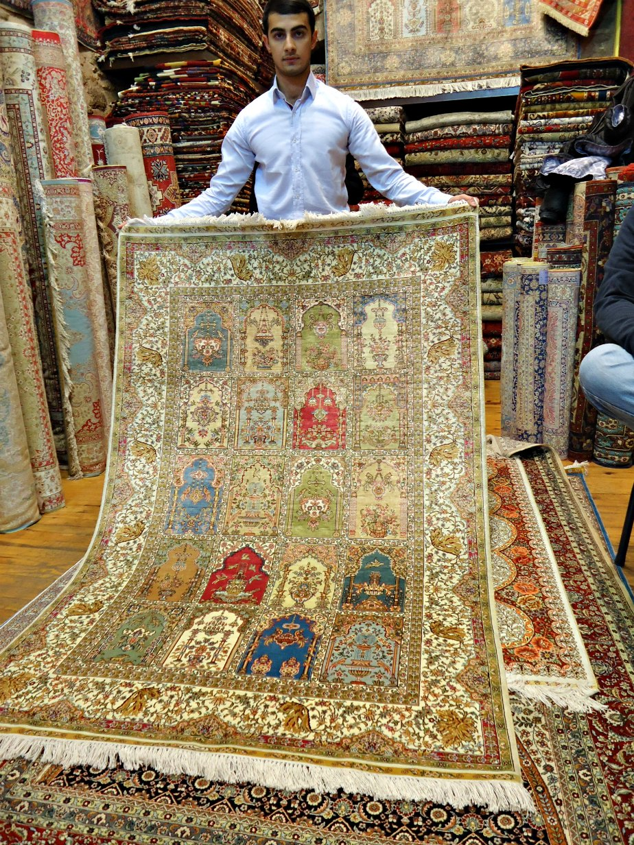 I wanted this beautuful silk rug....