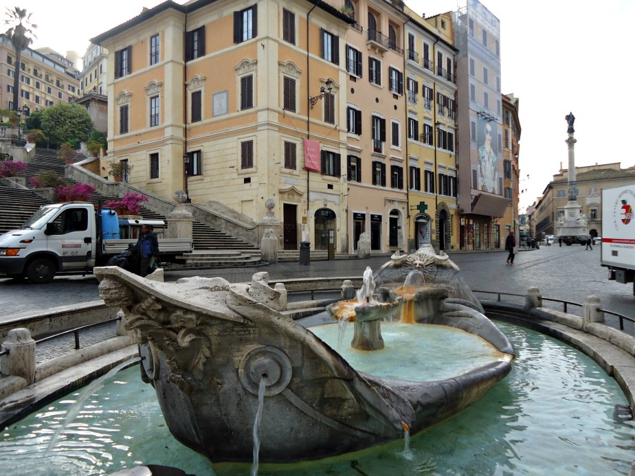 Fontana della Barcaccia in front of the Keats-Shelley Museum