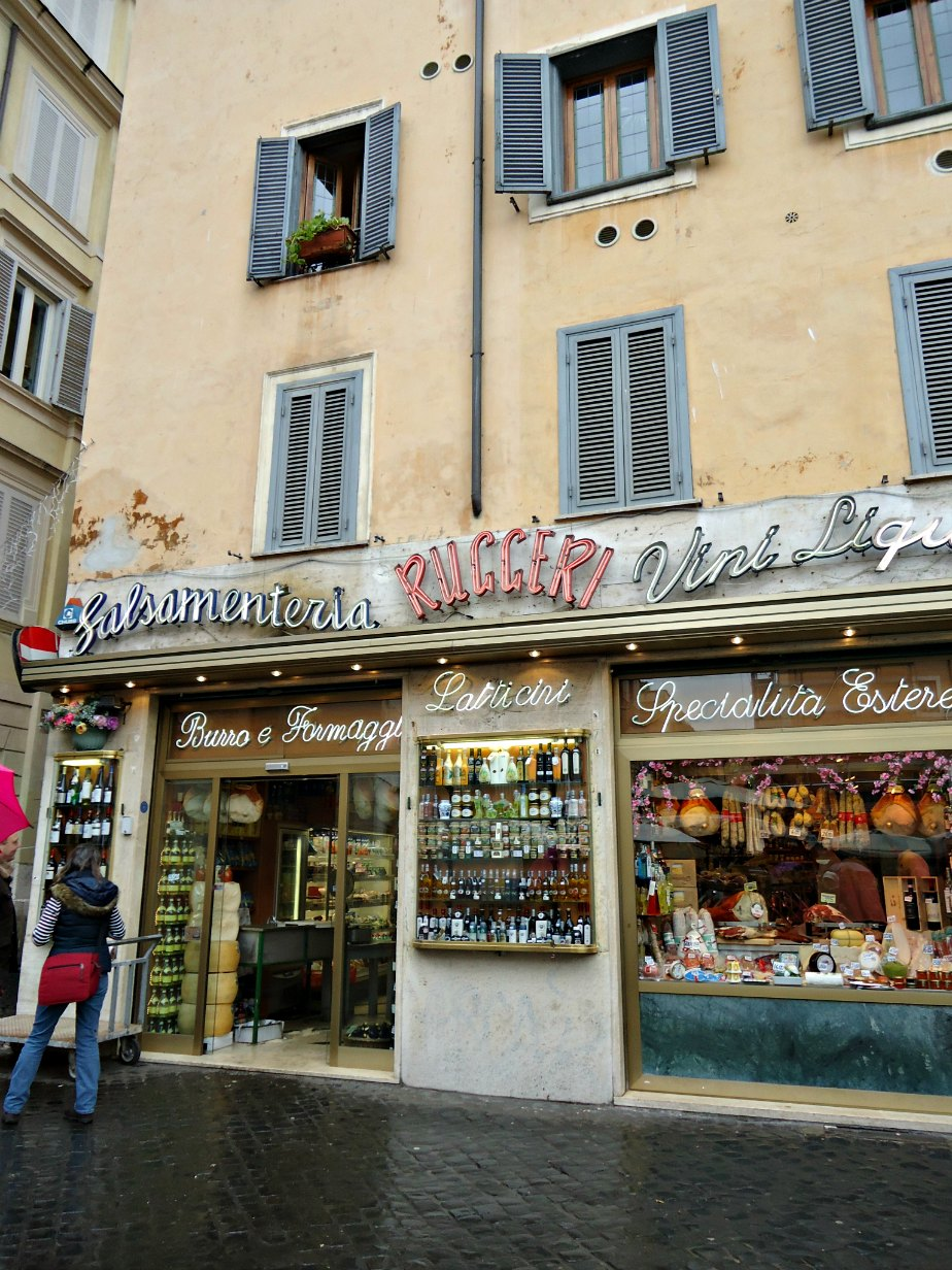 Ruggeri Family Store at Campo dei Fiori, Rome