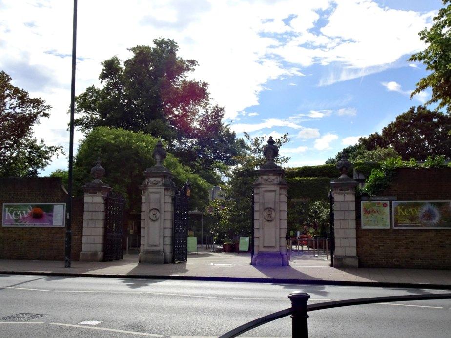Victoria Gate, Kew Gardens