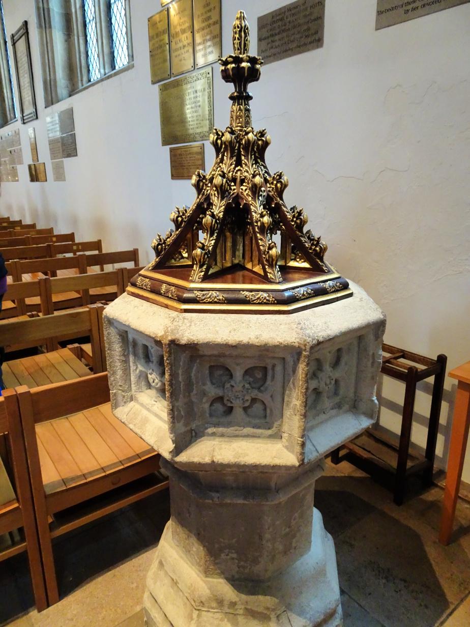Inside St Peter Ad Vincula Royal Chapel