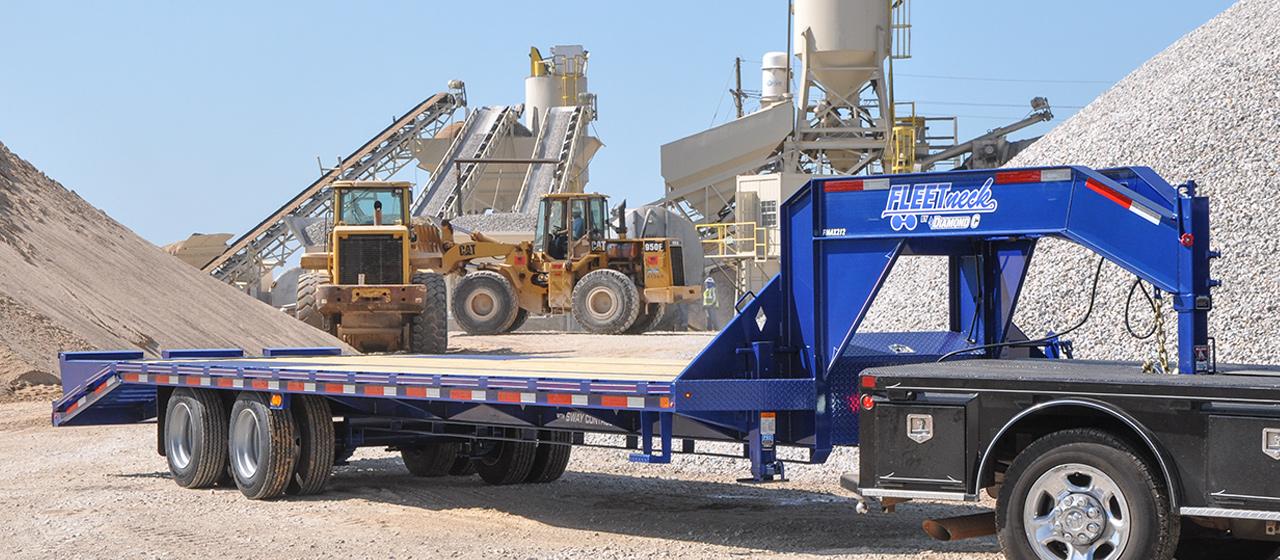 Dual Tandem 25.9K Gooseneck - GVWR 25,900 lbs