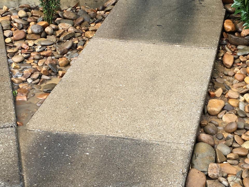 Sidewalk Pressure Washing in Louisville KY