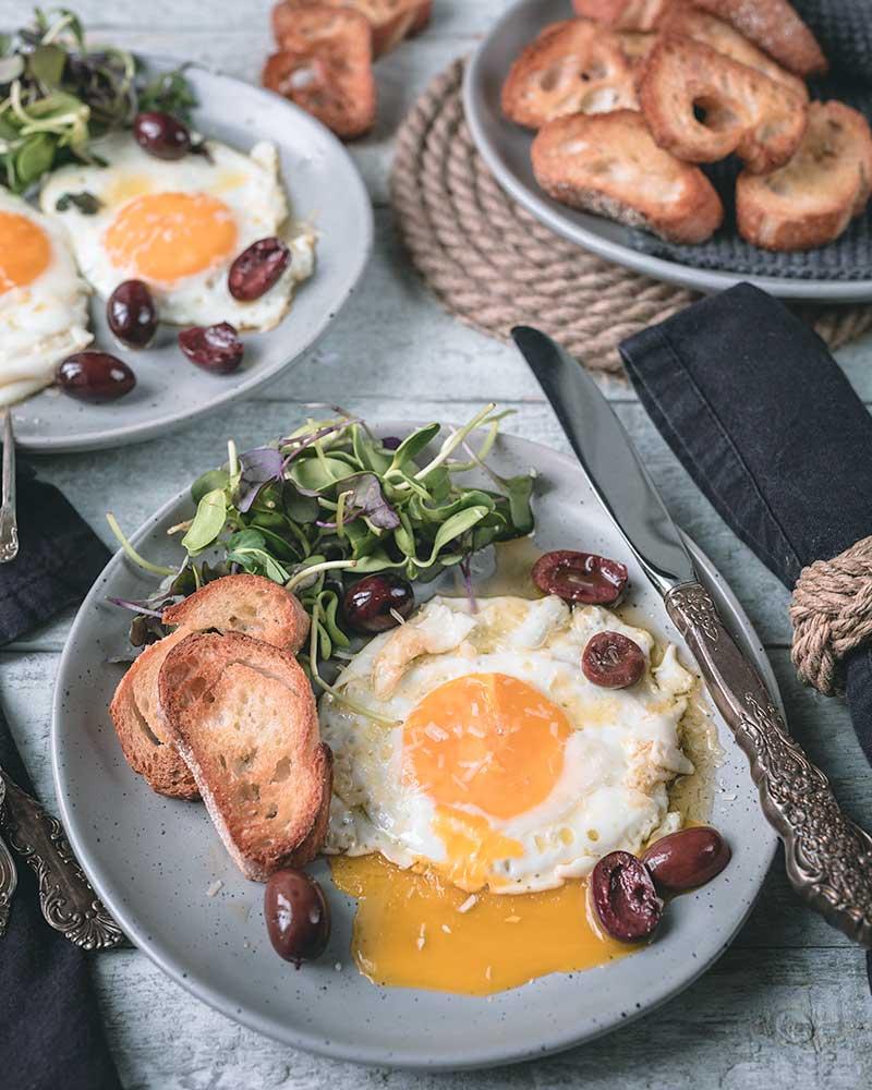 Fried Eggs Kalamata Flavoured Oil