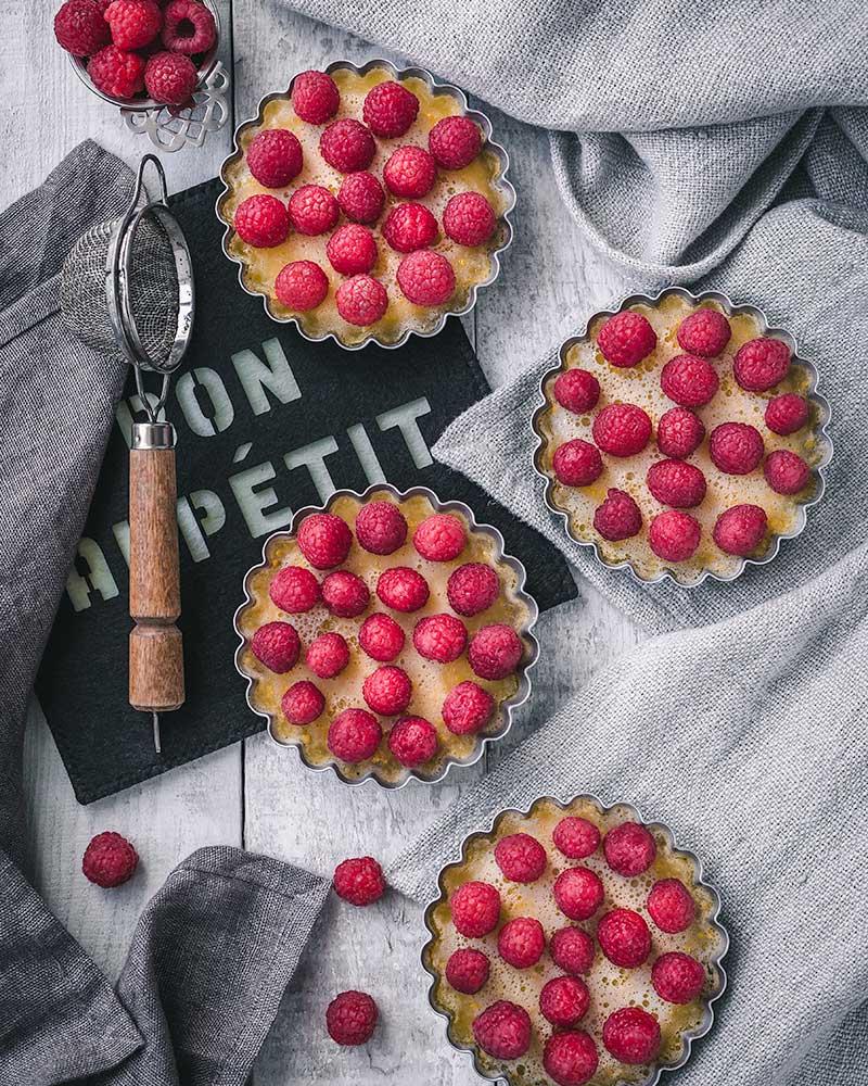 Lemon and Raspberries Tartlets
