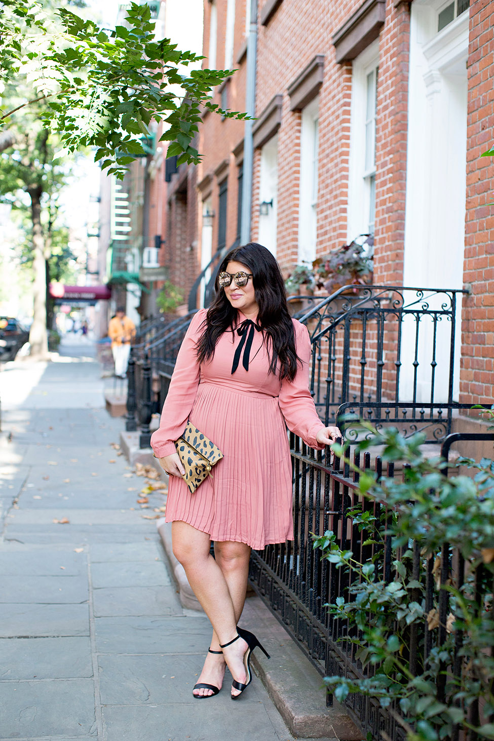 jami-ray-tie-neck-dress-30a-nyfw-street-style-01blog