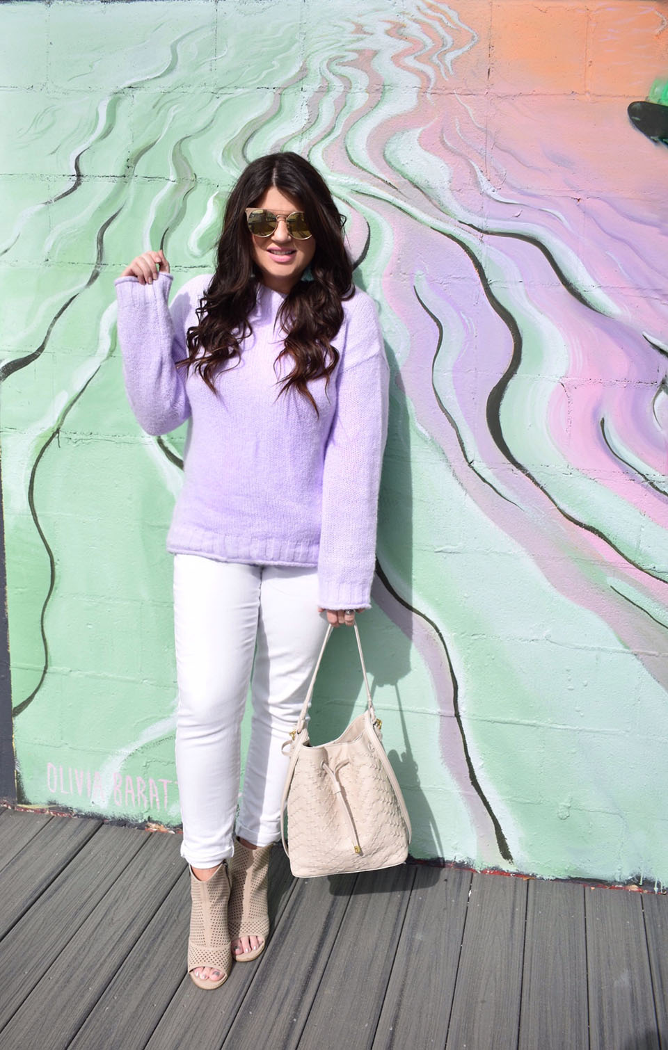 Spring Trend: Lilac // Jami Ray wearing a lilac sweater at a Tallahassee street art wall.
