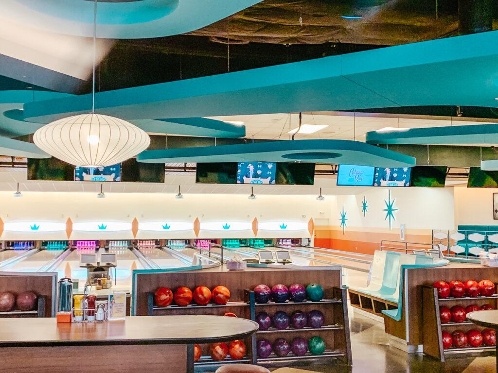 30A Mama Travel - Bowling at Cabana Bay
