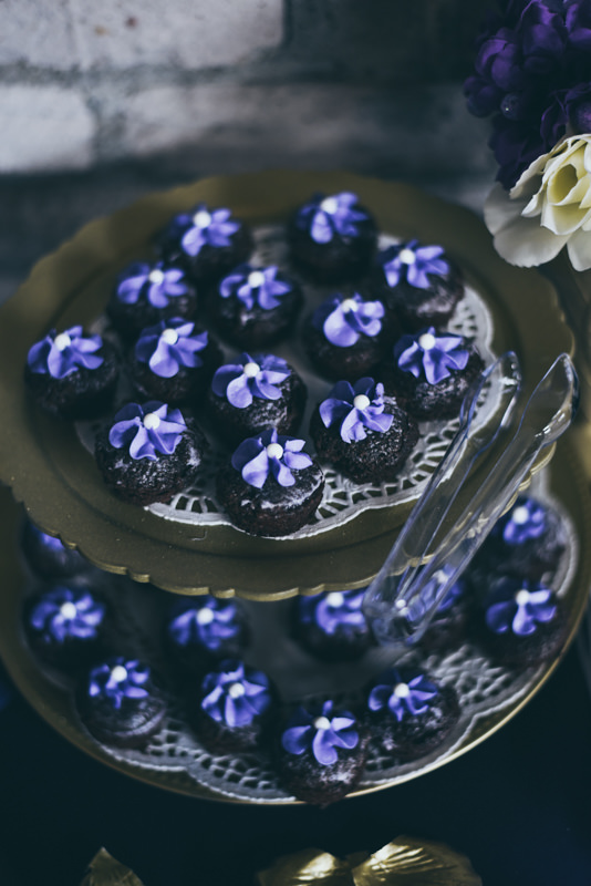 purple frosted chocolate cupcakes