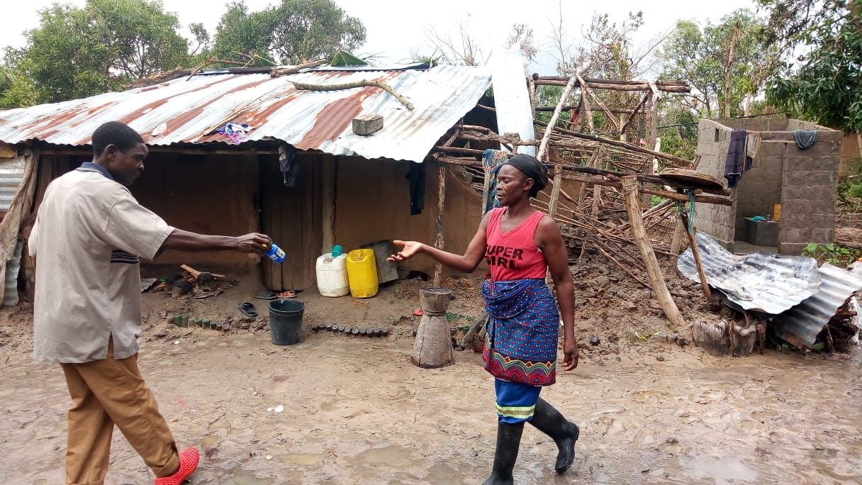 Volunteering: Hurricane Idai Relief in Mozambique & USA with Care for Life