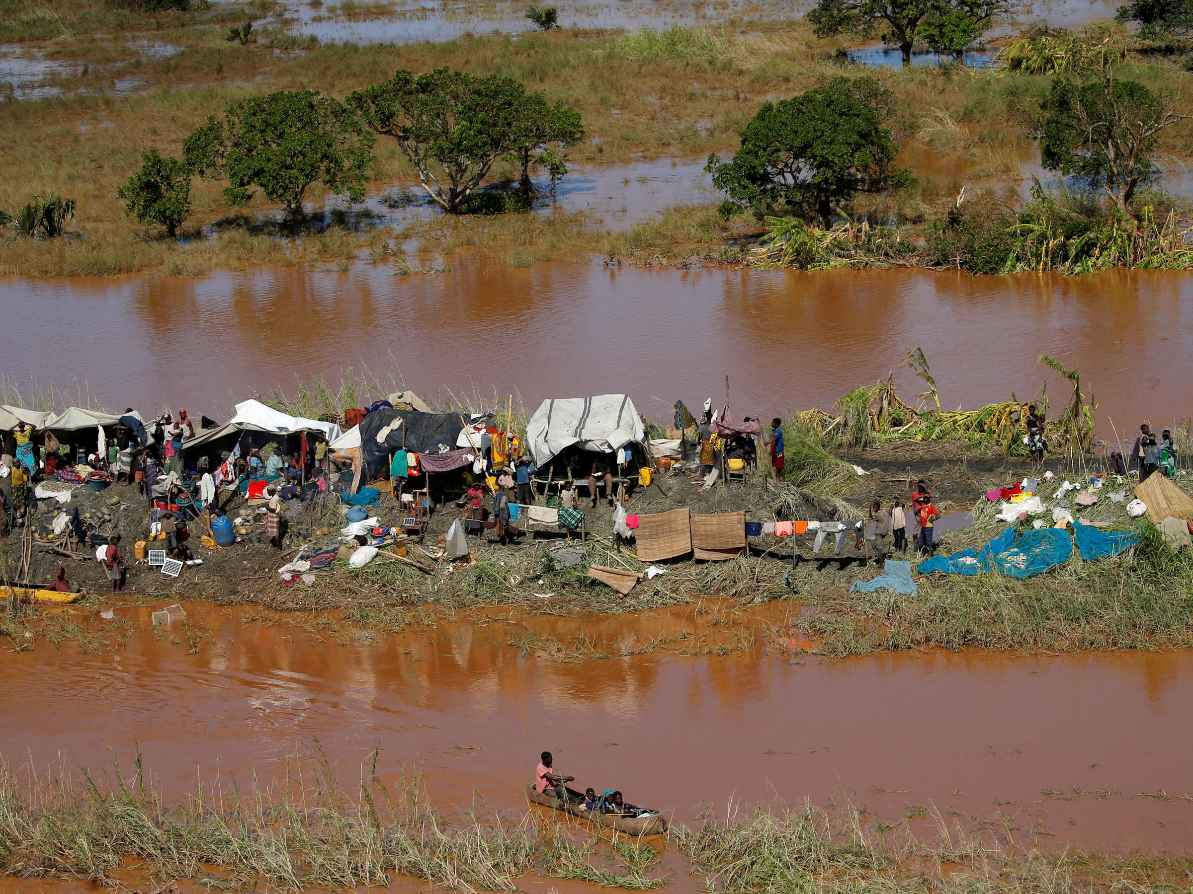 More than 15,000 still missing after huge cyclone hits Mozambique | Metro News
