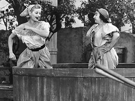 grape stomp, i love lucy, lucy grape stomp