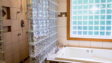 Natural Stone Shower Services in Kemah TX