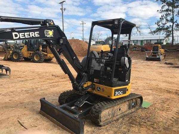 2018 John Deere 30G Mini Excavator with warranty. LIKE BRAND NEW MACHINE (CALL TOBY 229-221-4493) $33400