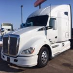 "MULTIPLE 2016 KENWORTH T680 w/ 76"" SLEEPER, APU & WARRANTY (Menomonie, WI) $65900"