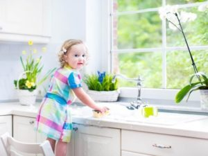 essential oils clean home kid safe