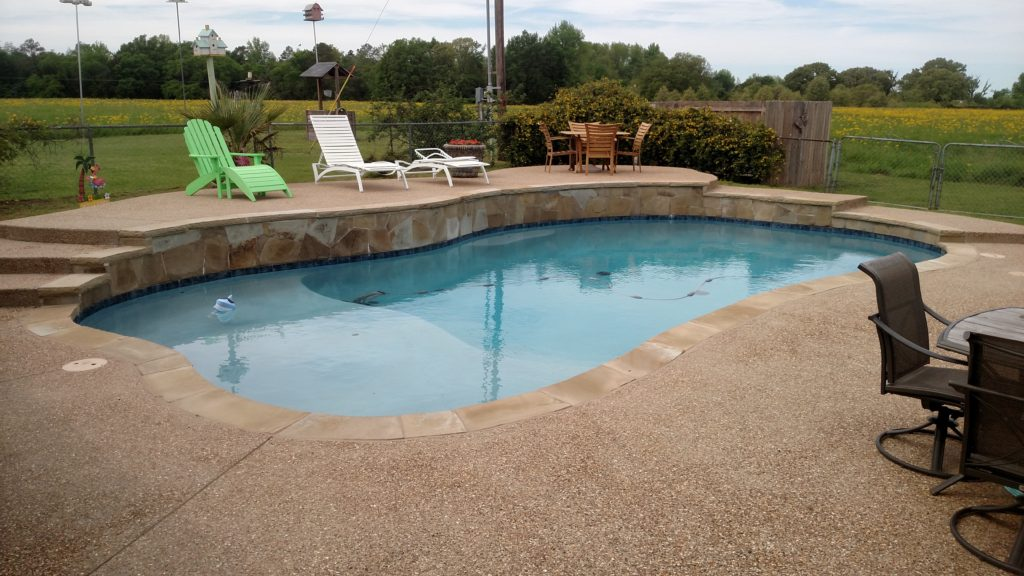 deep end pool with raised deck