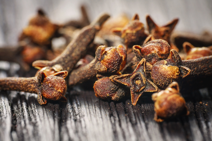 Healthy Ingredient Highlight: Cloves