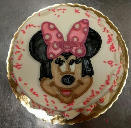 49 Minnie Mouse