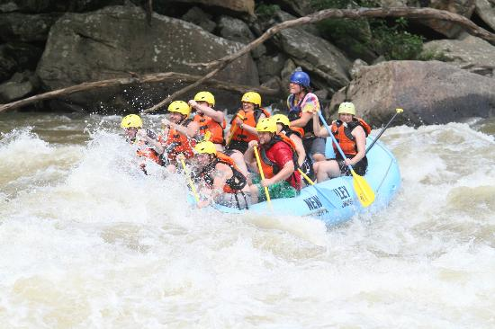 New River Gorge Cabins white water rafting