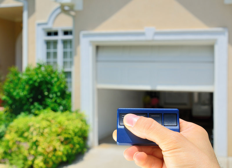 choosing the best garage door opener for your new garage door