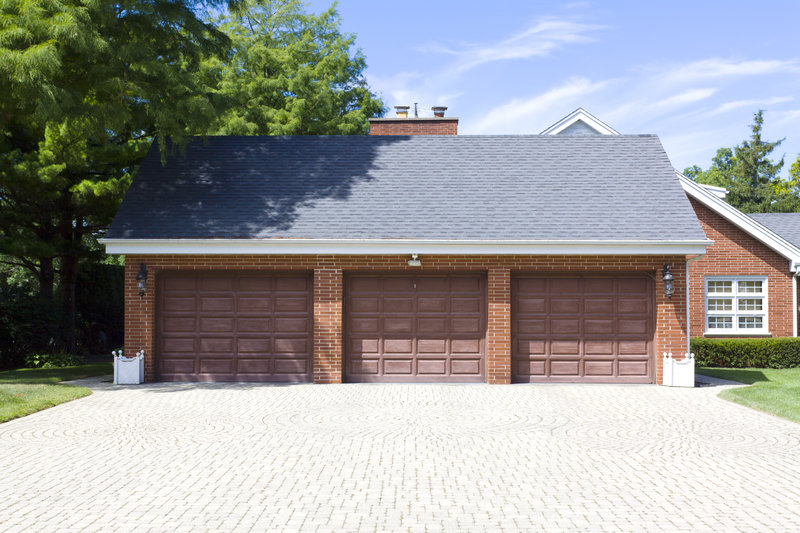 why you should cover your garage door frame in aluminum