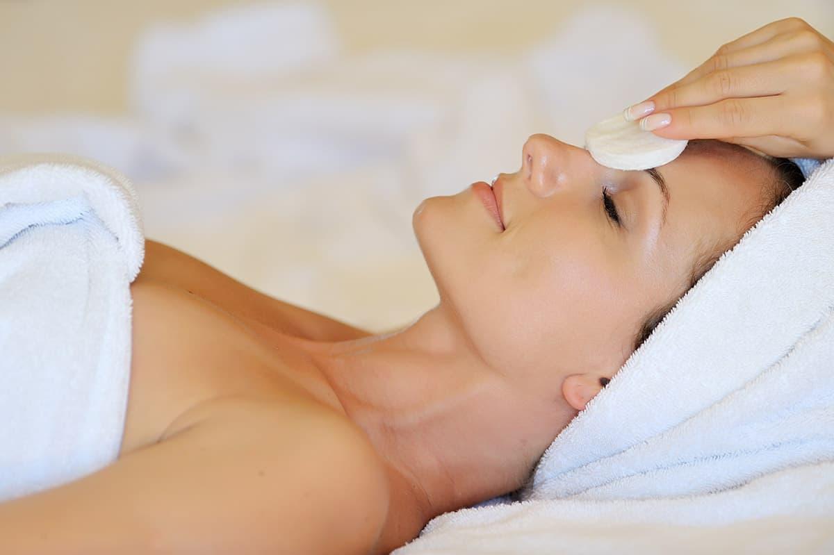 LaVida Massage of Smithtown, Skin Care, Skincare, Facials, Anti-Aging Facials, Anti-Acne Facials