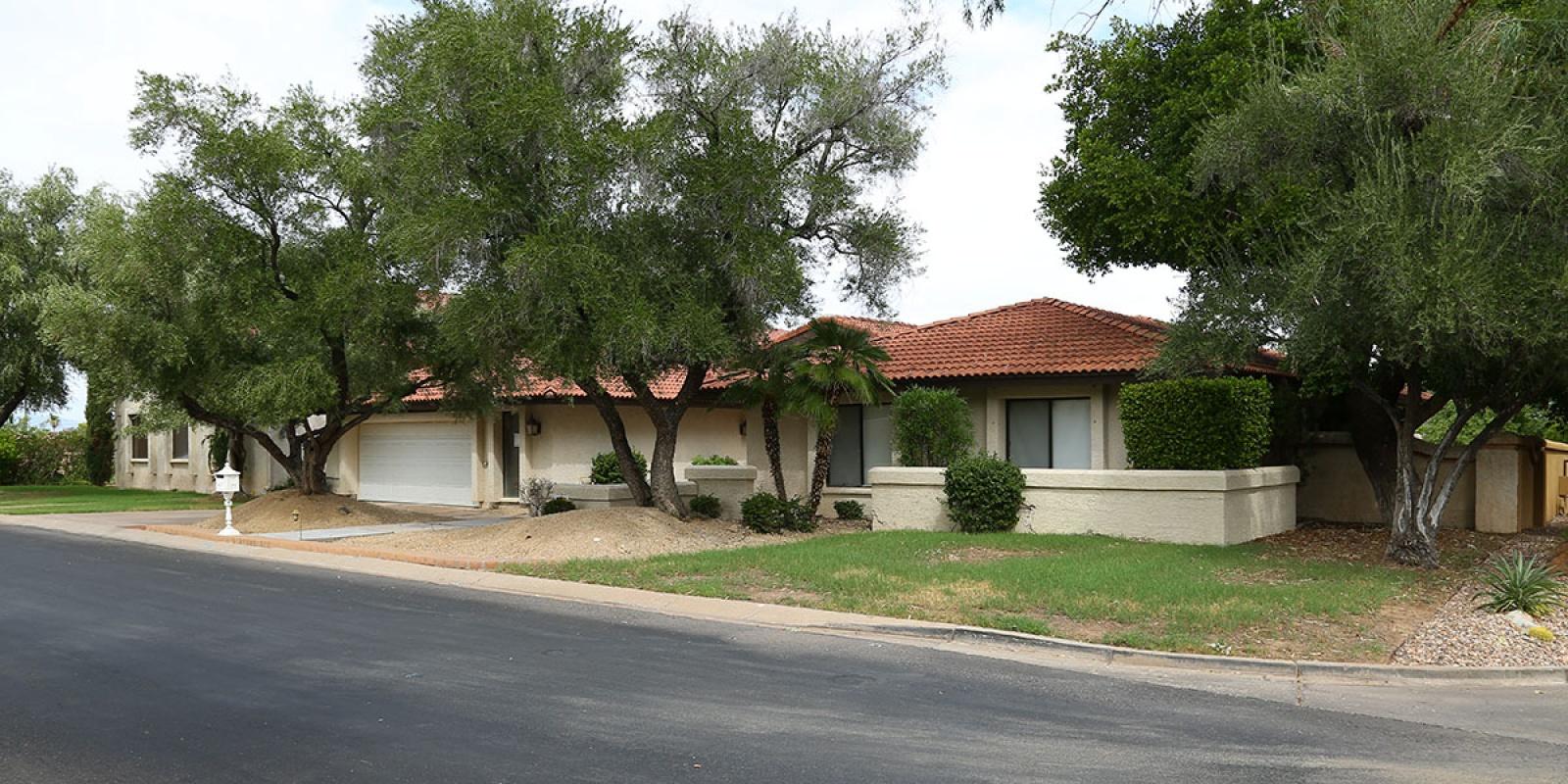 8901 N 47th Pl, Phoenix, Arizona 85028, ,SFR,Available,N 47th Pl,1201