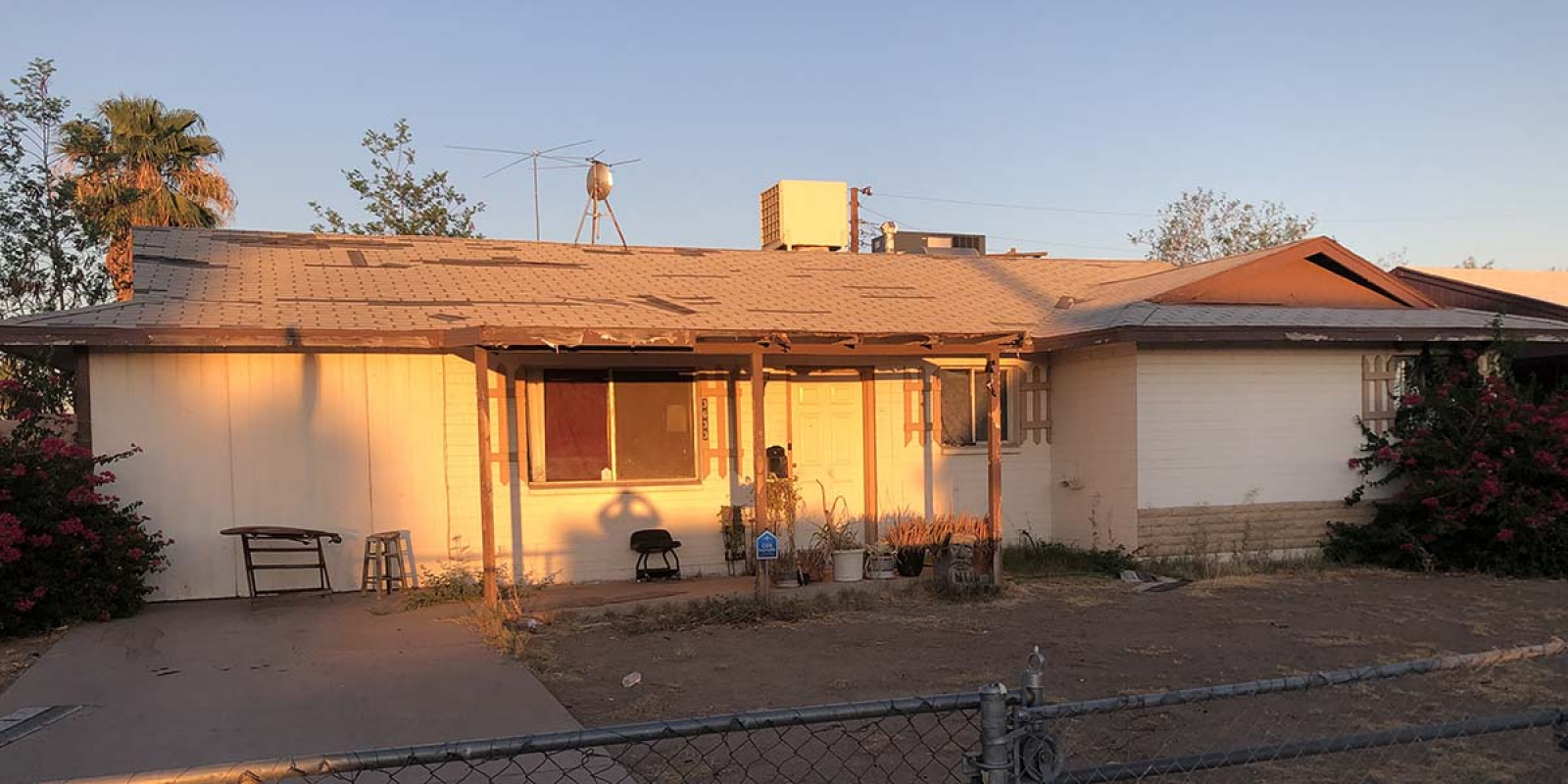 3633 N 79th Ave, Phoenix, Arizona 85033, 5 Bedrooms Bedrooms, ,2 BathroomsBathrooms,SFR,Available,N 79th Ave,1206