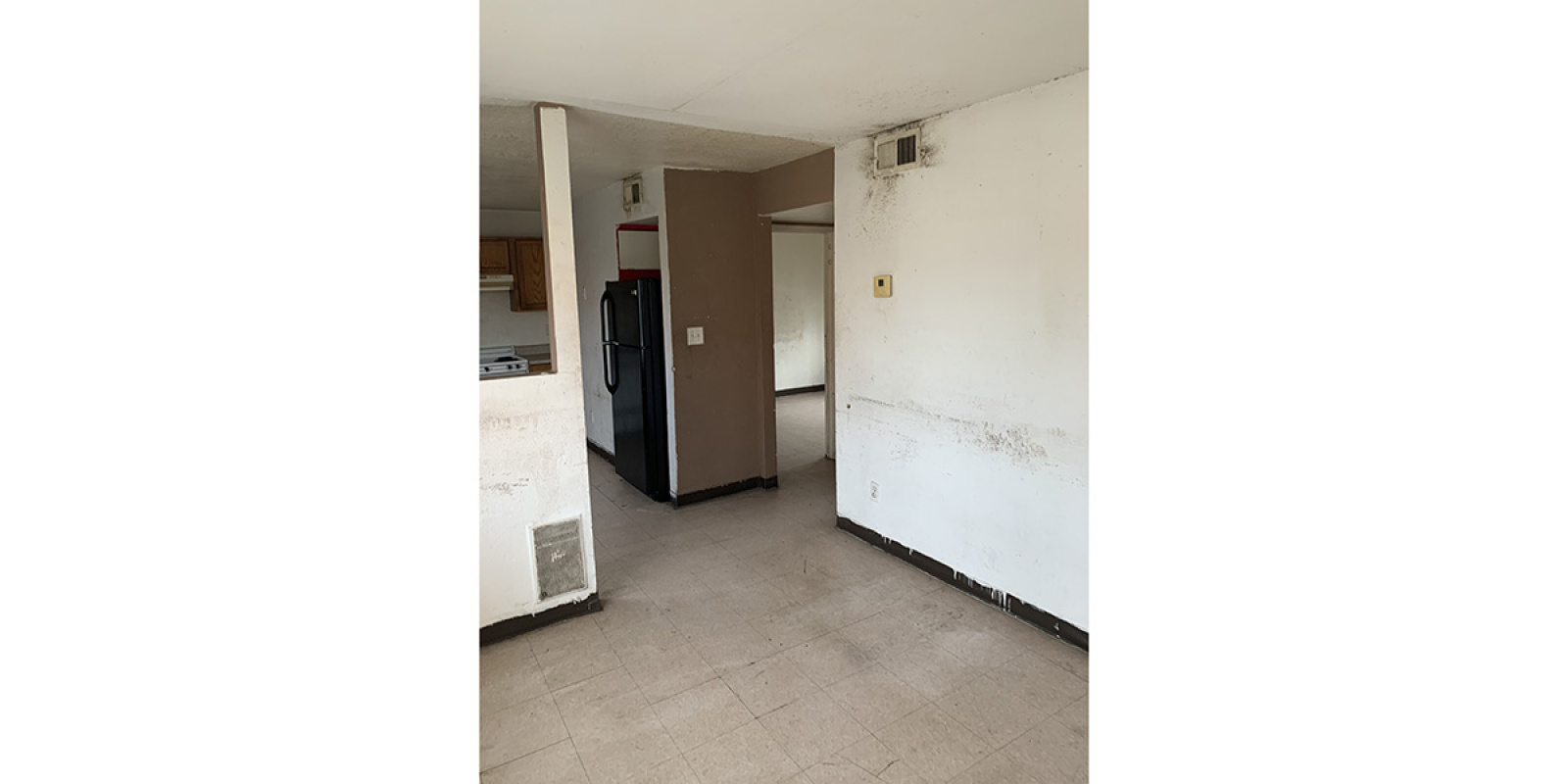 2225 E Wood St, Phoenix, Arizona 85040, 2 Bedrooms Bedrooms, ,1 BathroomBathrooms,Multi-Family,Available,E Wood St,1241